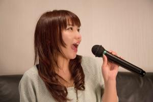 NKJ52_karaokeutauonnanoko
